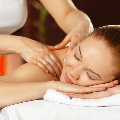 Body-Massage-Parlour-in-Film-Nagar