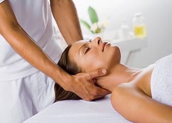 Body-Massage-Center-in-Gurukul-Road