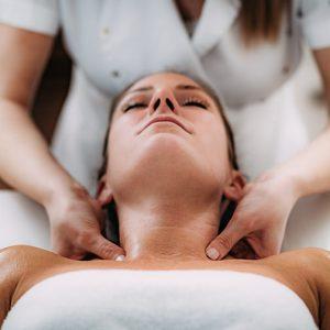 Body-Massage-in-Gurukul-Road