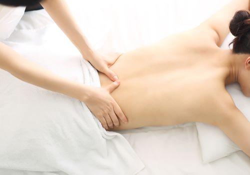Body-Massage-in-Motera