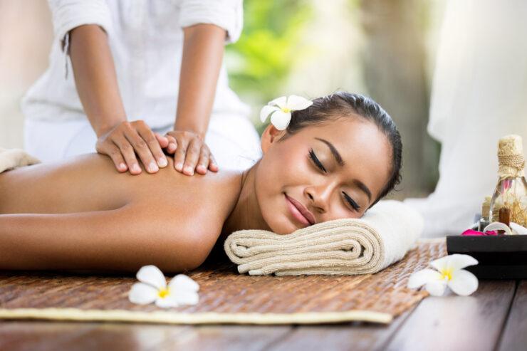 Body-Massage-in-Naroda